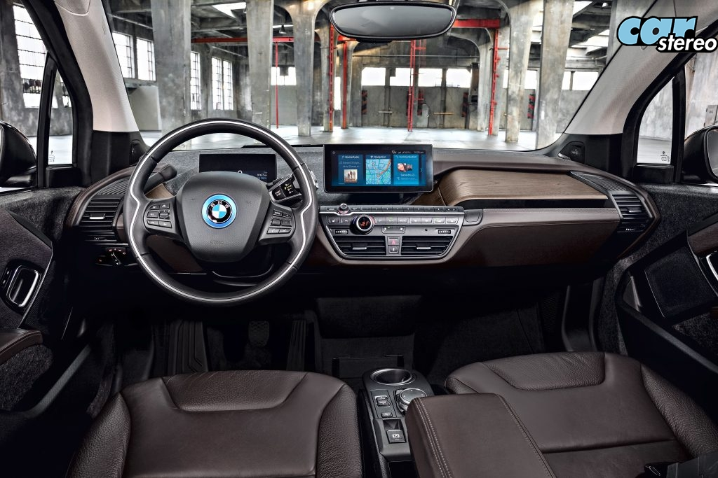 P90273566_highRes_the-new-bmw-i3s-08-2-1
