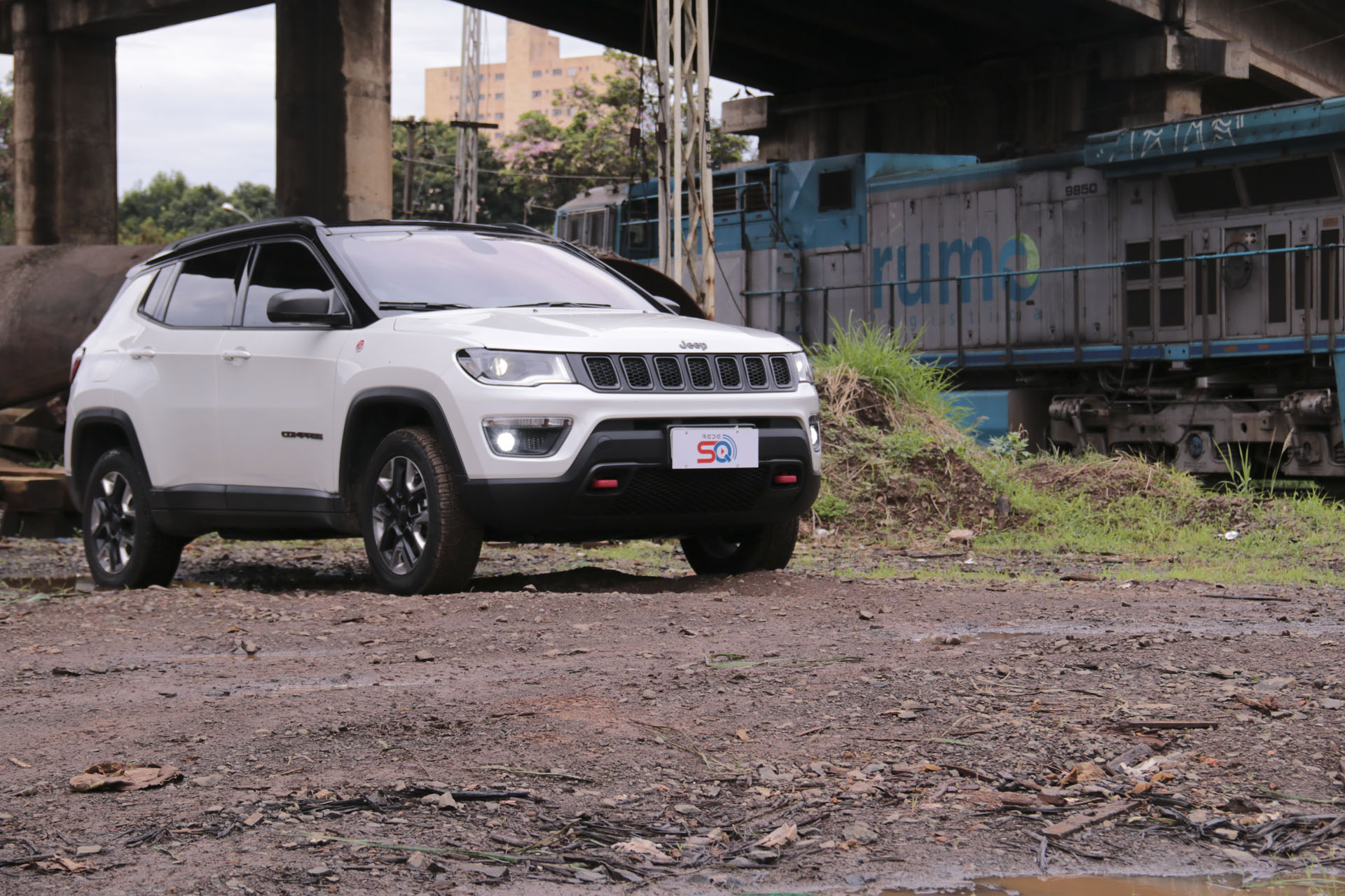 Jeep Compass Trailhawk com som customizado Blam - Revista Car Stereo Tech